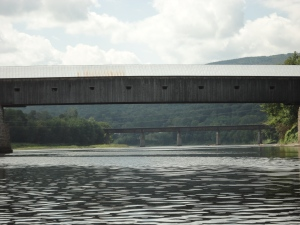 Longest single covered span wooden bridge that carries automobile traffic