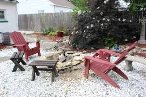 Mom had Bud build her a fire pit intheir back yard...maybe she has campfire envy lol