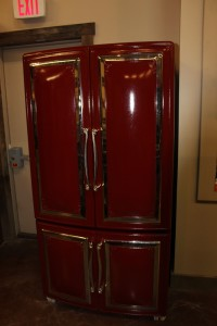 This cast iron frigerator is completely modern on the inside. Very neat