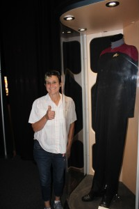 Captain Janeway's Costume...finally women get equal time