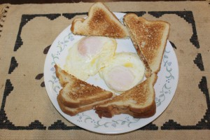 Beautiful egg breakfast Lee made from eggs gathered the same morning yummy