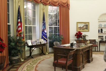 A complete reproduction to scale of his oval office along with the actual chair he sat in . Very neat