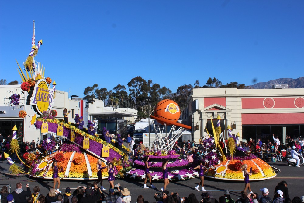 The big draw of the LA Lakers float which won a special trophy was Paula Abdul was riding on it. But you can hardly tell who people are when you are watching the parade