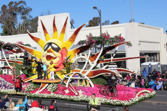 I wasn't that crazy about the Los Angeles float, which won the mayors trophy, but they did have some very neat touches