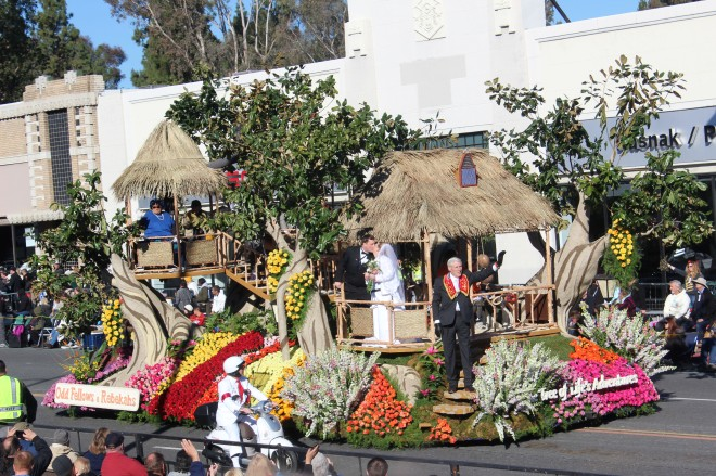 I like the Odd Fellows and Rebekkah's very much and this year a couple got married on the float. Lee captured them kissing