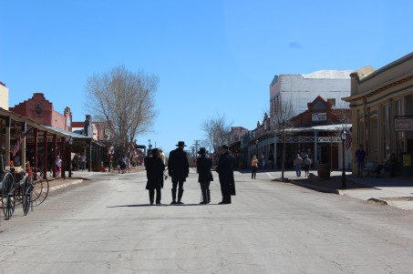 The Earp brothers and Johnny Ringo