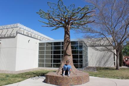 Wonderful bench/tree sculpture