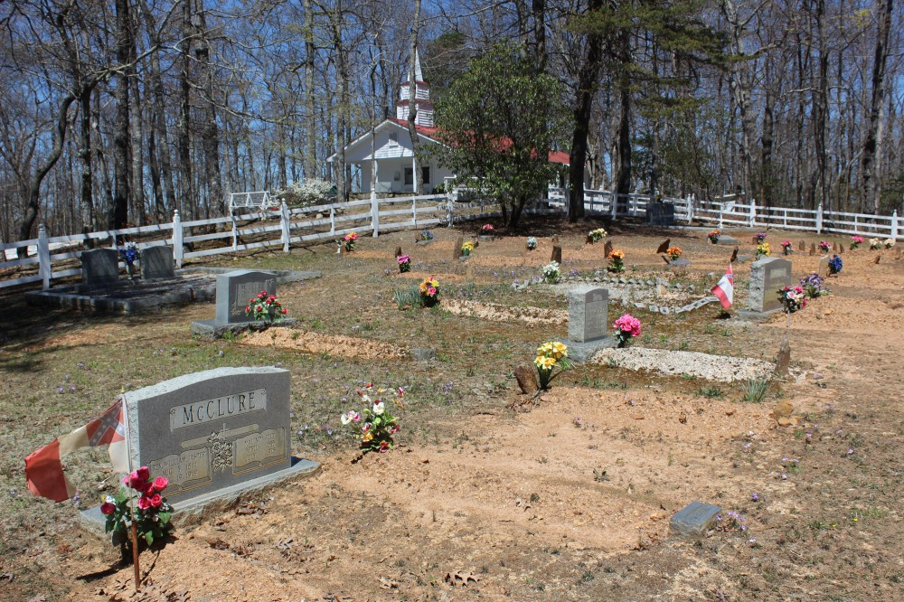 As we were driving the back vountry road we came across the old church and graveyard which was in the middle of no where but very well tended. All of the grave stones had real flowers on them.