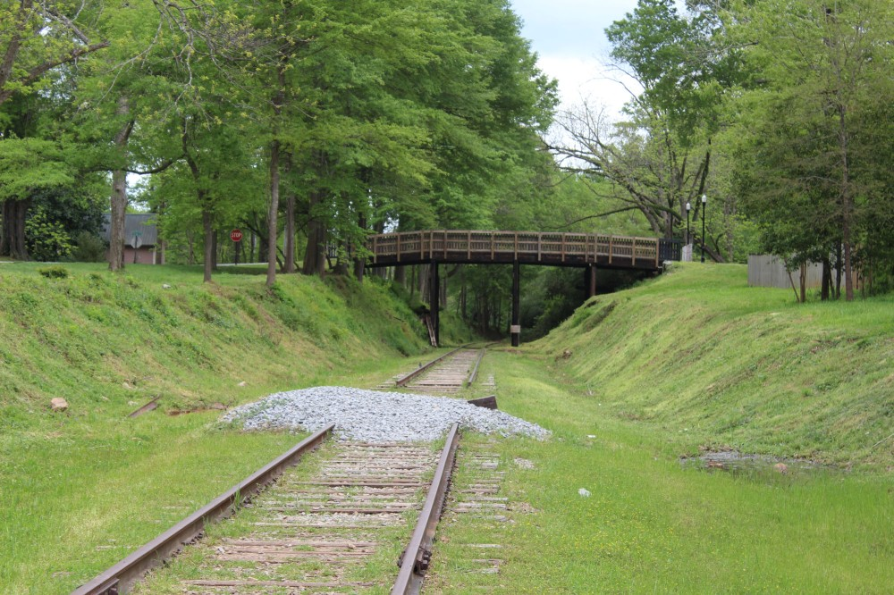 Great Bridge and RR Track show on the walk down to Alexandria