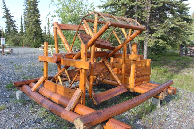 This is a fish wheel which is used by the natives for subsistence fishing which is allowed by the government. Darlene tried to explain it to me but it seemed complicated. Can't wait to see these in action when the salmon start to run
