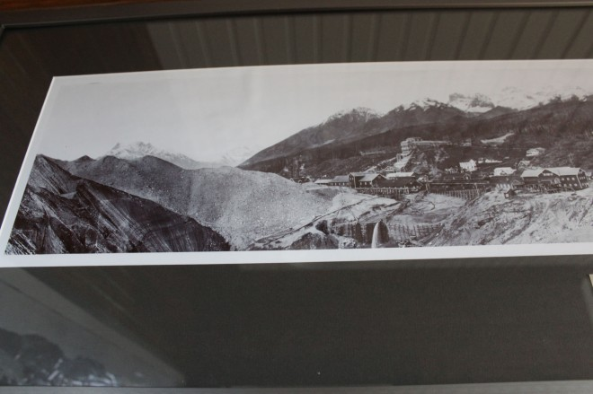 Here's an historical picture from 1919 that shows how the glacier was bvery tlal and came right up to the town