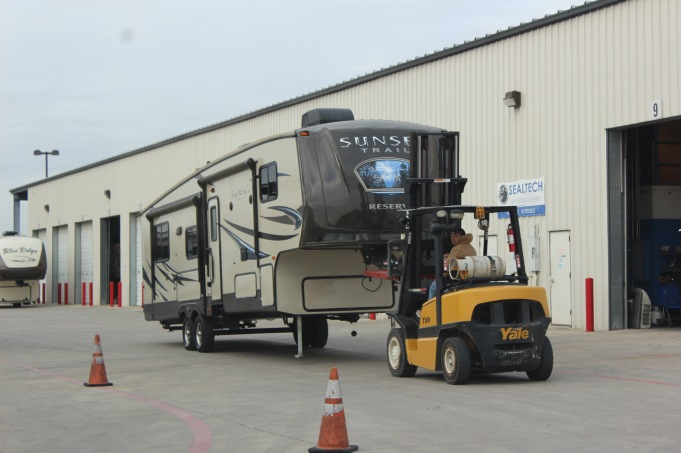 Here's another fifth wheel being moved